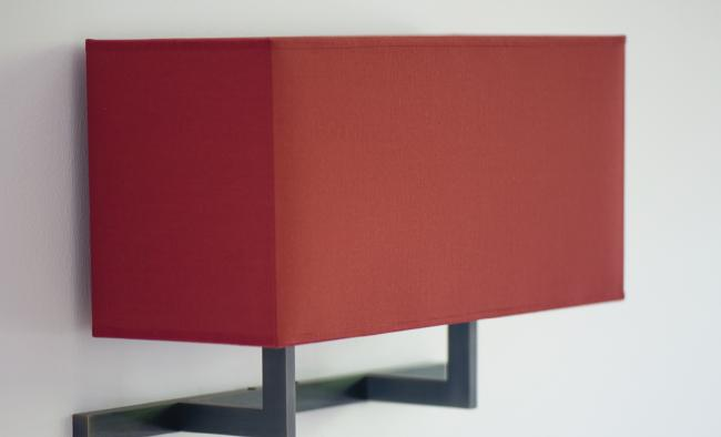 ARMANA 2 in brushed bronze with shade in seta cerise